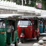 Tuk Tuks sind beliebtes Transportmittel in Sri Lanka